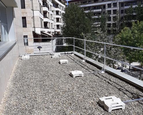 Seguridad anticaídas colectiva para la cubierta de la Universidad Politécnica de San Sebastián.